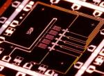 谷歌计划开发量子计算处理器