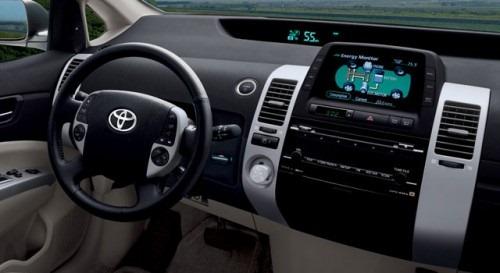 toyota-prius-interior-500x273
