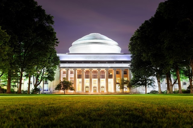 Boston MIT campus