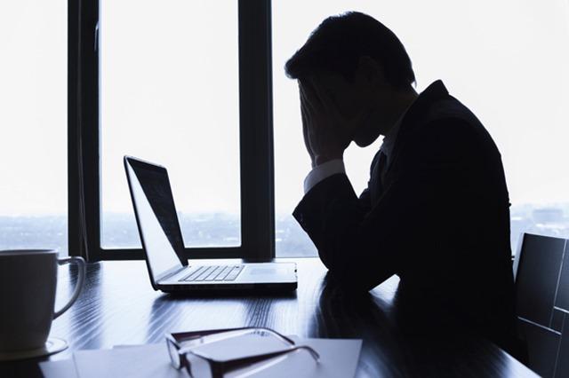 思科网络安全报告2015depression-businessman-thinking-loss-sad-overworked-100613849-primary.idge