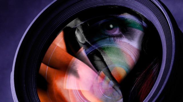 webcam-watching-4e67995-intro