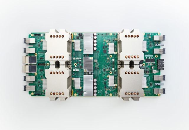 谷歌人工智能处理器芯片tpu_board_hero_forwebonly_final