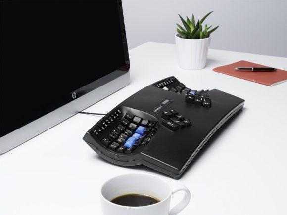 人体工学机械键盘